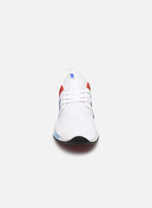 Sneaker New Balance MRL247 weiß schuhe getragen