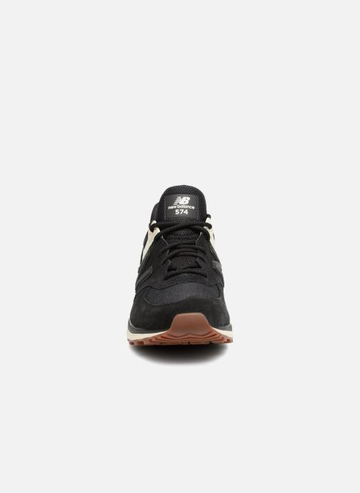 Baskets New Balance WS574 Noir vue portées chaussures