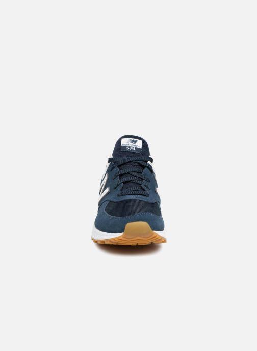 Baskets New Balance MS574 Bleu vue portées chaussures