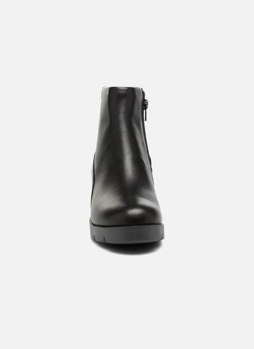Ankle boots Camper Wanda K400228 Black model view