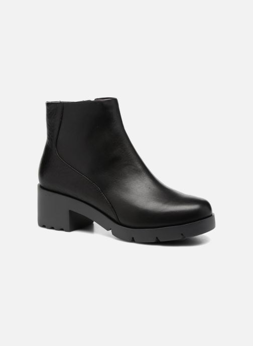 Ankle boots Camper Wanda K400228 Black detailed view/ Pair view