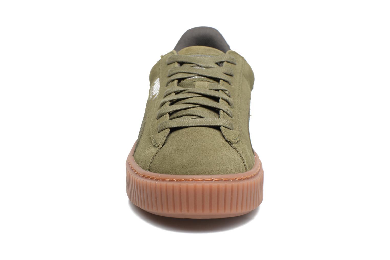 Baskets Puma Wns Suede Platform Gum Vert vue portées chaussures