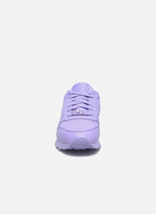Baskets Reebok Cl Lthr L Violet vue portées chaussures