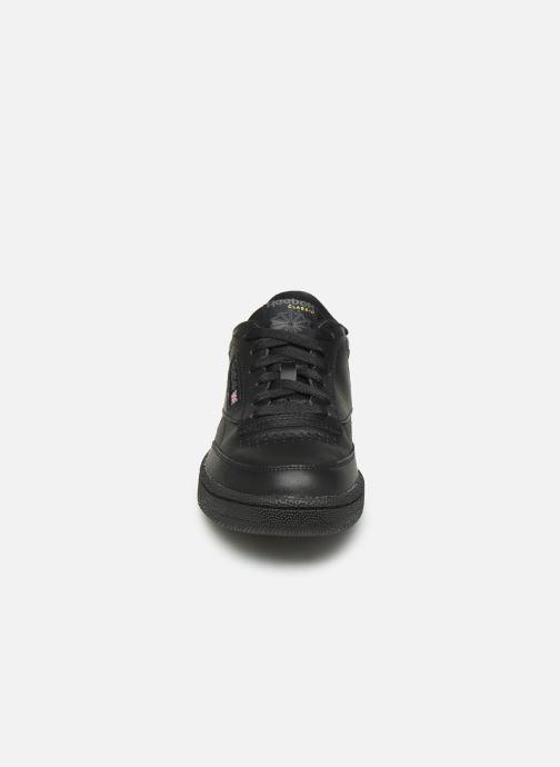 Baskets Reebok Club C 85 W Noir vue portées chaussures