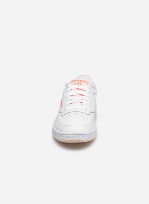 Sneaker Reebok Club C 85 W weiß schuhe getragen