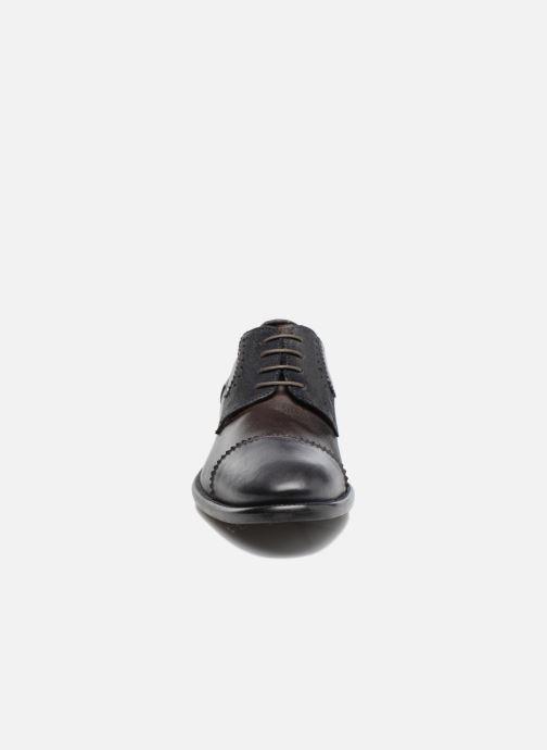 Zapatos con cordones Marvin&Co Daverton Marrón vista del modelo