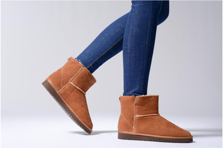 Bottines et boots Tamaris Valani Marron vue bas / vue portée sac