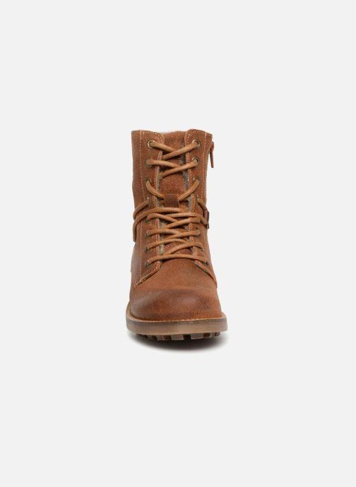 Bottines et boots Bullboxer Elisa Marron vue portées chaussures