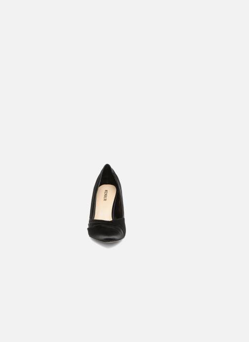 Zapatos de tacón Menbur Cortecillas Negro vista del modelo