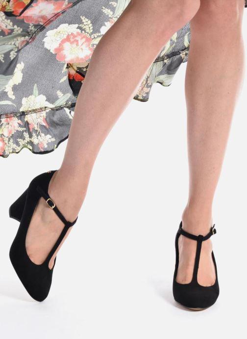 High heels Menbur Buren Beige view from underneath / model view