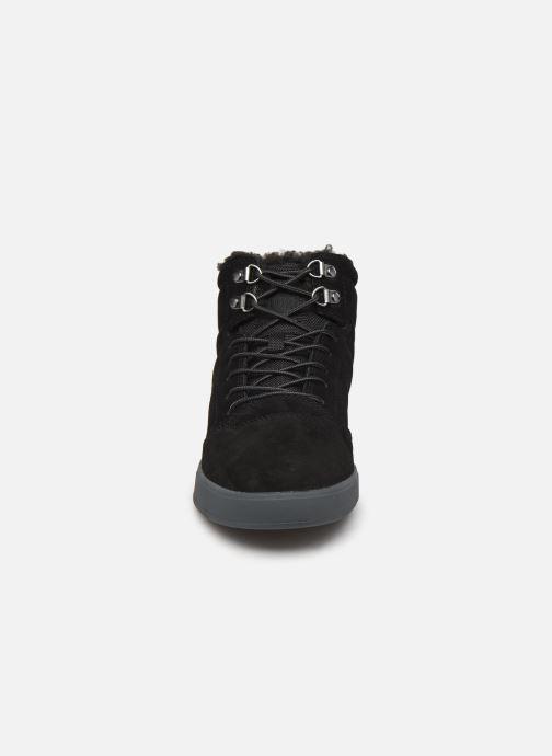 Deportivas DC Shoes Crisis High WNT M Negro vista del modelo