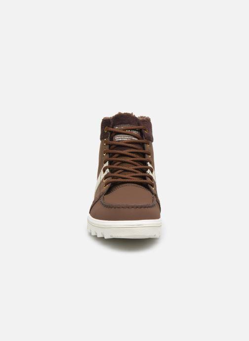 Scarpe con lacci DC Shoes Woodland Marrone modello indossato