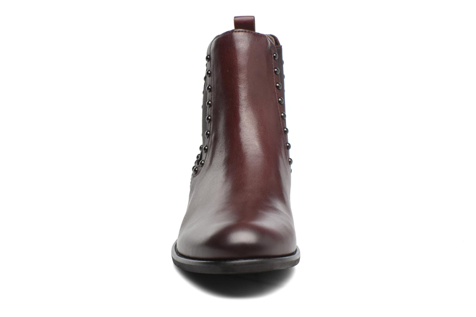 Ankle boots Gabor Angy Burgundy model view