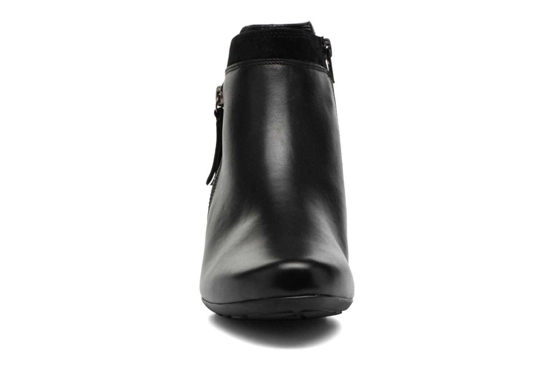 Bottines et boots Gabor Jule Noir vue portées chaussures