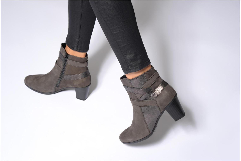 Bottines et boots Gabor Finja Gris vue bas / vue portée sac