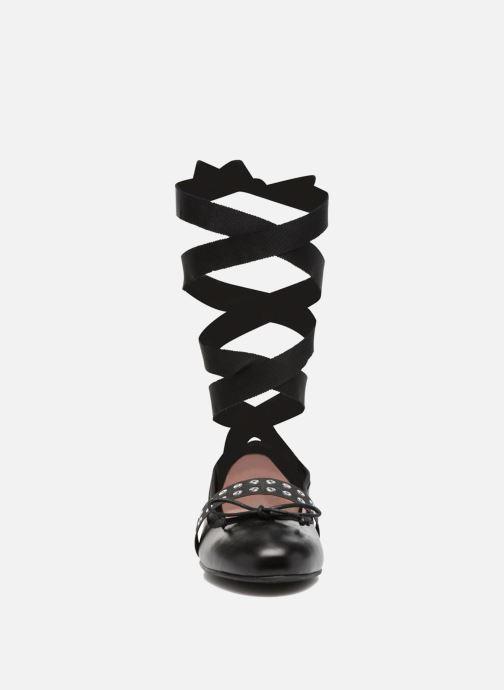 Ballerines Pretty Ballerinas Mona Noir vue portées chaussures