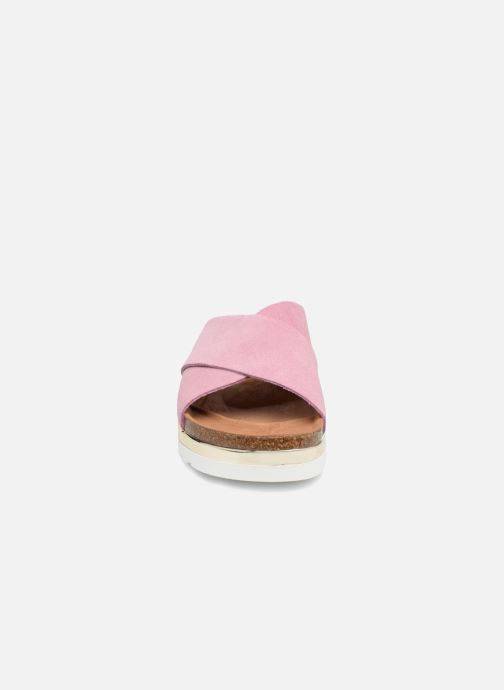 Zoccoli Vero Moda Lisa Leather Sandal Rosa modello indossato