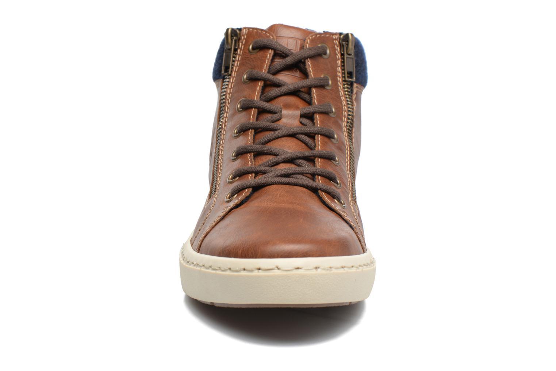 Baskets Rieker Edd 30914 Marron vue portées chaussures