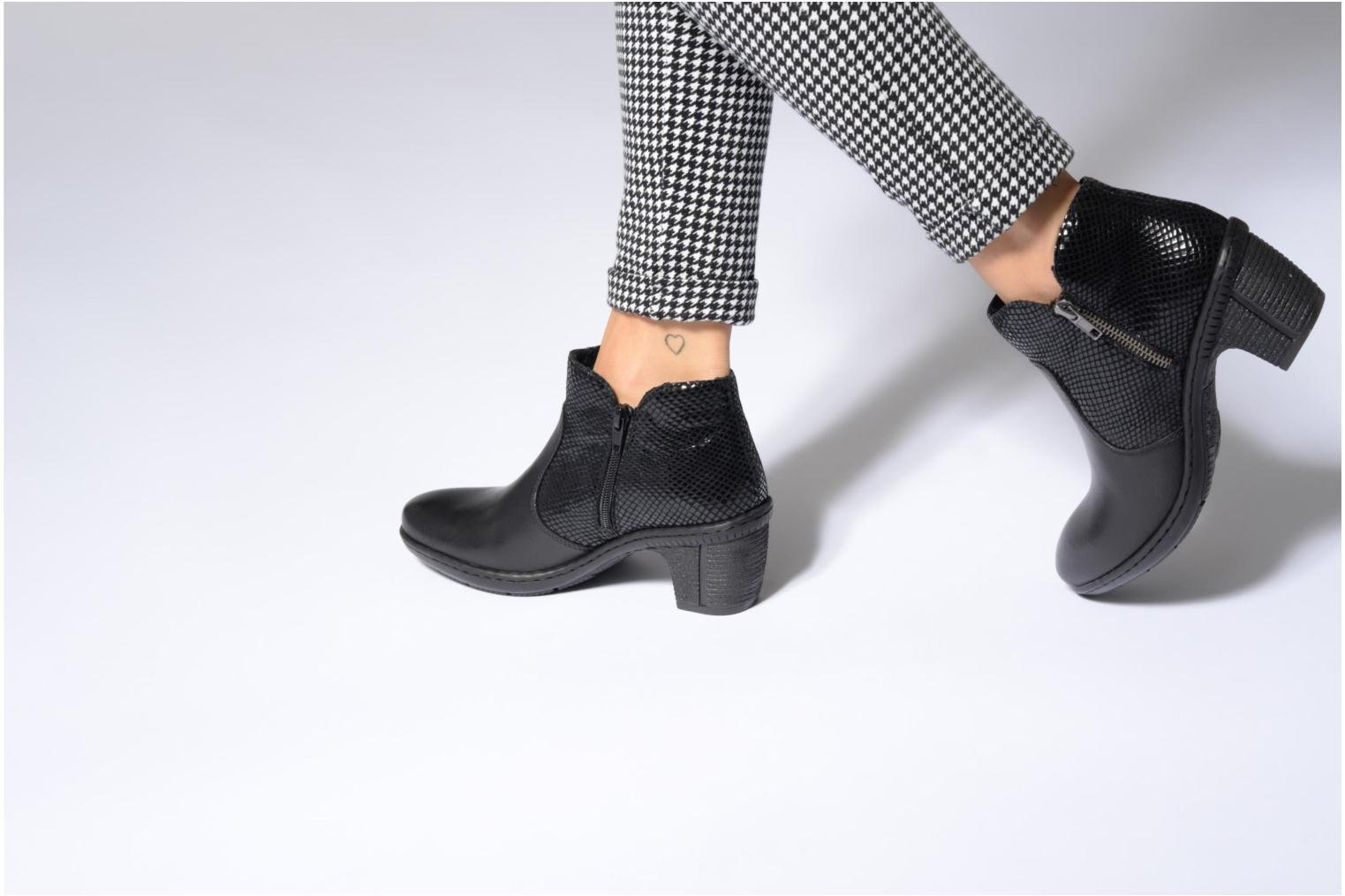 Ankle boots Rieker Anya 50288 Black view from underneath / model view