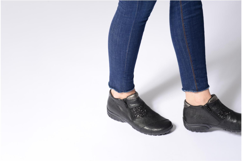 Bottines et boots Rieker Nicky L4673 Noir vue bas / vue portée sac