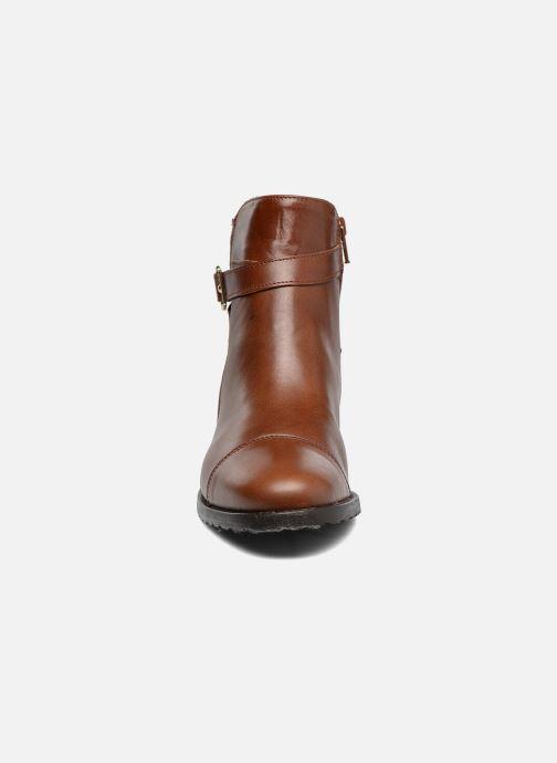 Bottines et boots Georgia Rose Lavanda Marron vue portées chaussures