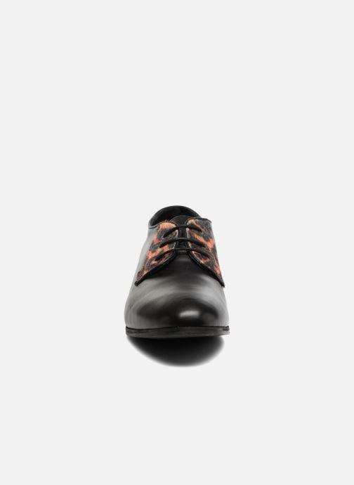 Chaussures à lacets Georgia Rose Lapra Noir vue portées chaussures