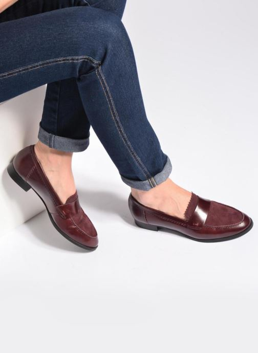 Loafers Georgia Rose Lesly Burgundy view from underneath / model view