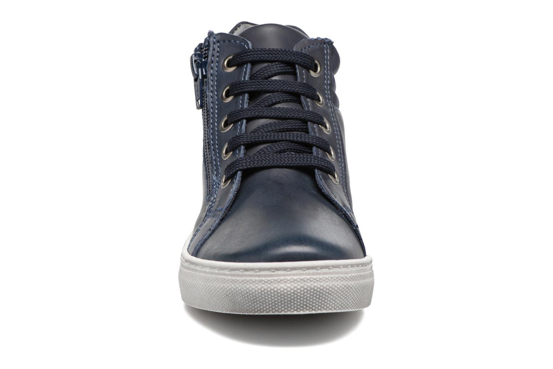 Sneakers Melania POLACCO LACCI Azzurro modello indossato