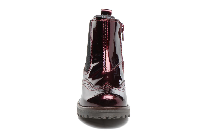 Boots Melania TRONCHETTO Vinröd bild av skorna på