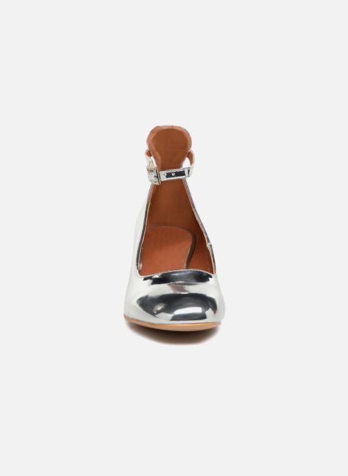 Ballerines I Love Shoes CAMILLA Argent vue portées chaussures