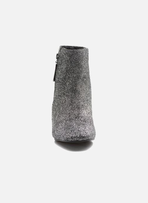 Stivaletti e tronchetti I Love Shoes CRISTINA Argento modello indossato