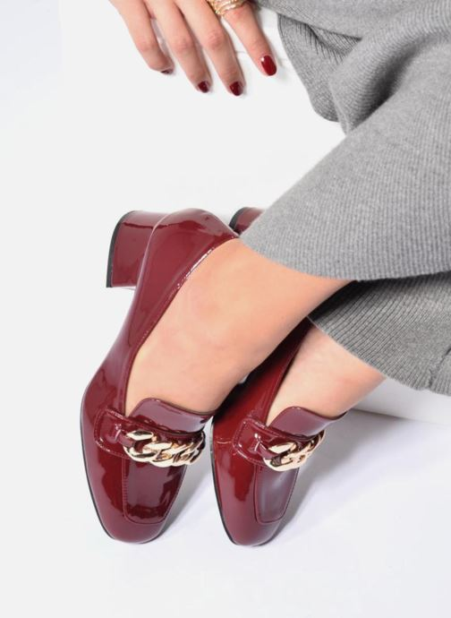 Loafers I Love Shoes CELINA Burgundy view from underneath / model view