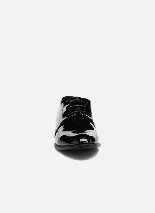 Scarpe con lacci I Love Shoes CLEMIA Nero modello indossato
