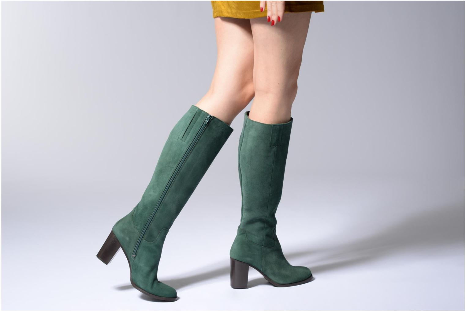 Boots & wellies Mellow Yellow Charyna Green view from underneath / model view