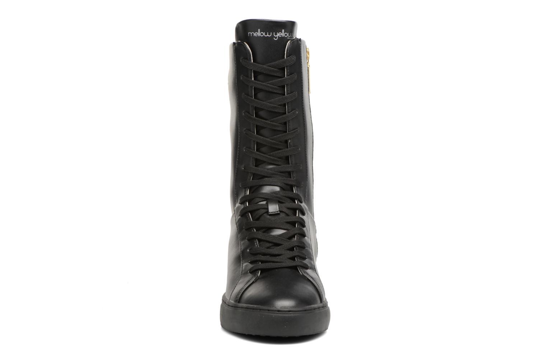 Bottes Mellow Yellow Clabox Noir vue portées chaussures