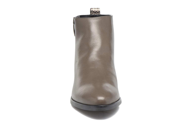 Bottines et boots Georgia Rose Olimpe Marron vue portées chaussures