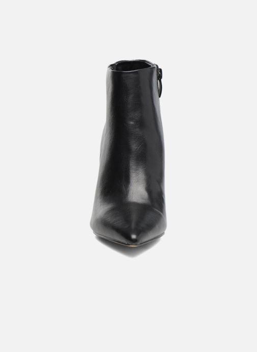 Bottines et boots Buffalo Fouzia Noir vue portées chaussures