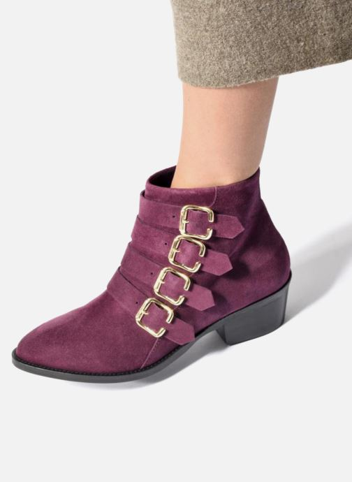 Ankle boots Anaki Sofia Purple view from underneath / model view