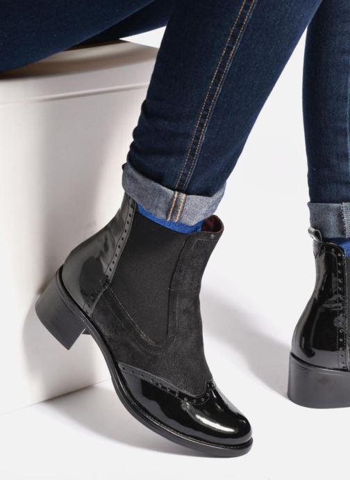 Bottines et boots Georgia Rose Napoli Noir vue bas / vue portée sac