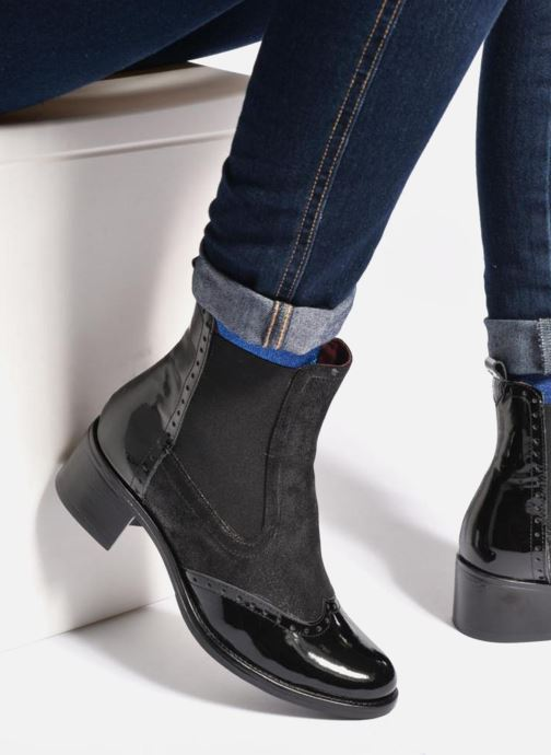 Stiefeletten & Boots Georgia Rose Napoli schwarz ansicht von unten / tasche getragen
