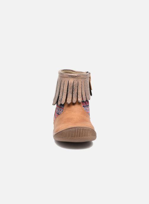 Bottines et boots NA! Aria Marron vue portées chaussures
