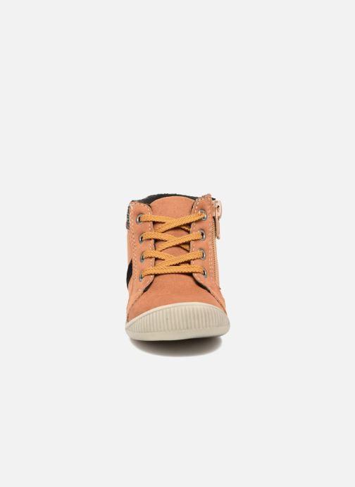 Bottines et boots NA! Arkady Marron vue portées chaussures