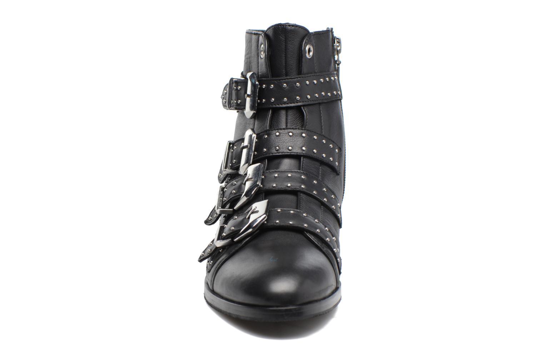 Bottines et boots Melvin & Hamilton Susane 44/R Noir vue portées chaussures