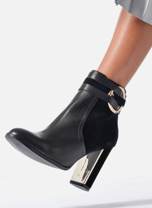 Stiefeletten & Boots Jonak Segura schwarz ansicht von unten / tasche getragen