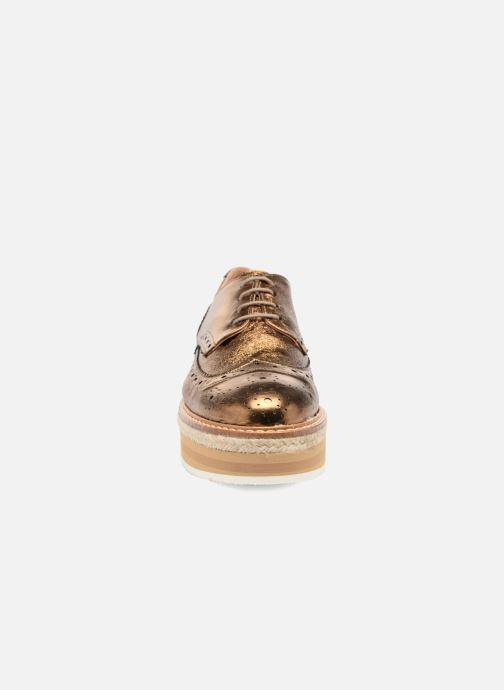 Zapatos con cordones Jonak Allo Oro y bronce vista del modelo