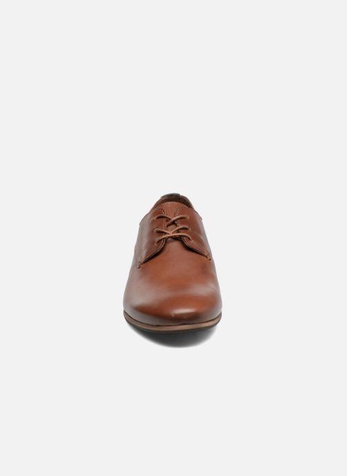 Schnürschuhe Kickers GAZELLAN braun schuhe getragen