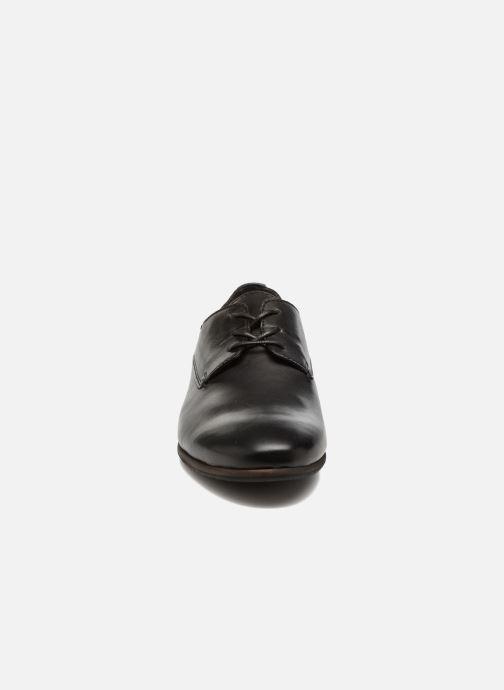 Schnürschuhe Kickers GAZELLAN schwarz schuhe getragen