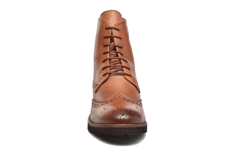 Bottines et boots Kickers WILS Marron vue portées chaussures