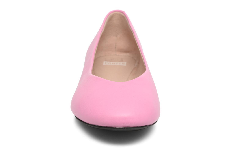 Ballerines Camper TWS K200152 Rose vue portées chaussures