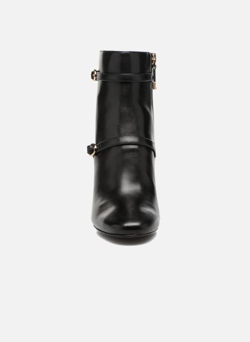 Ankle boots What For Thomas Black model view